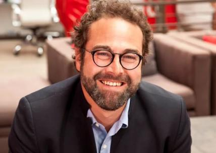 Portrait d'Antoine Dubois, SVP Global Marketing Strategy chez Accor